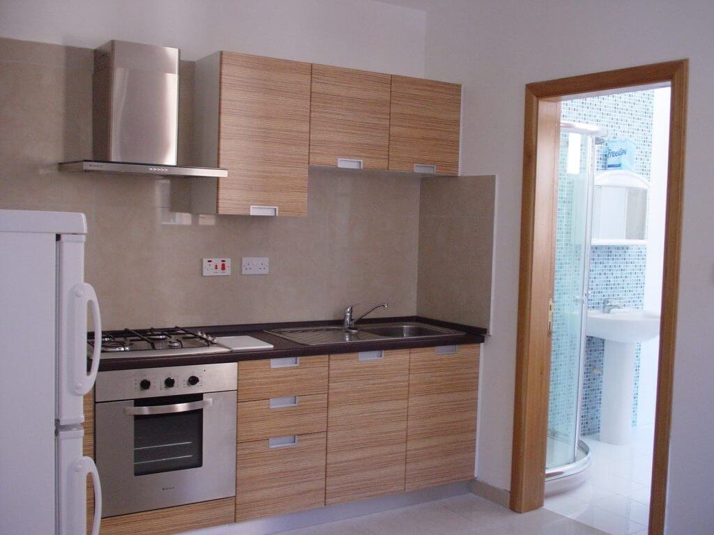Kitchenette shared self-catering apartment Sliema