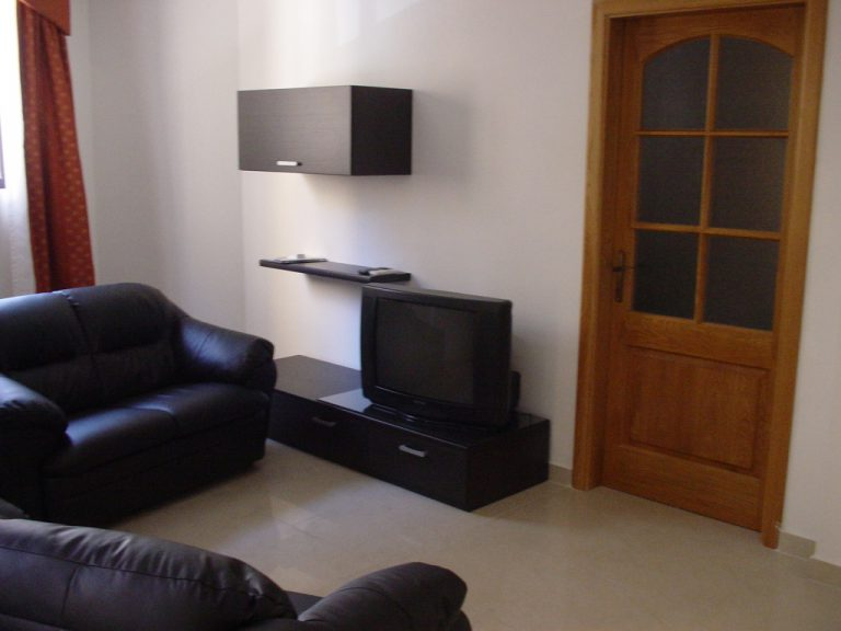 Shared self-catering apartment Sliema